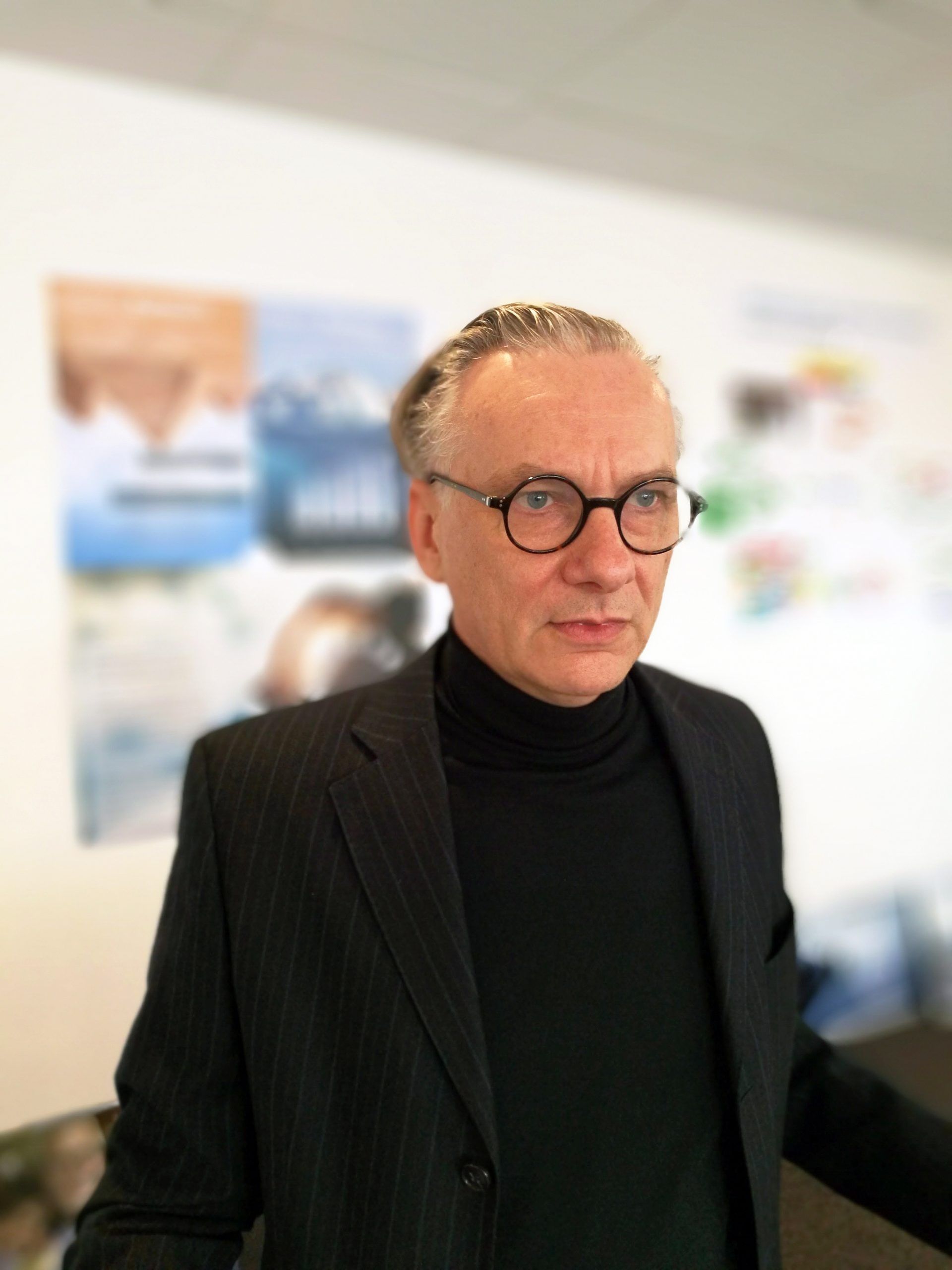 Dr. Andreas Weber